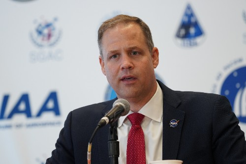 NASA's Jim Bridenstine says 2035 is doable for human landing on Mars – provided budget is there