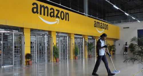 Amazon makes offline retail push in India