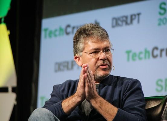 Apple steals Google's AI chief