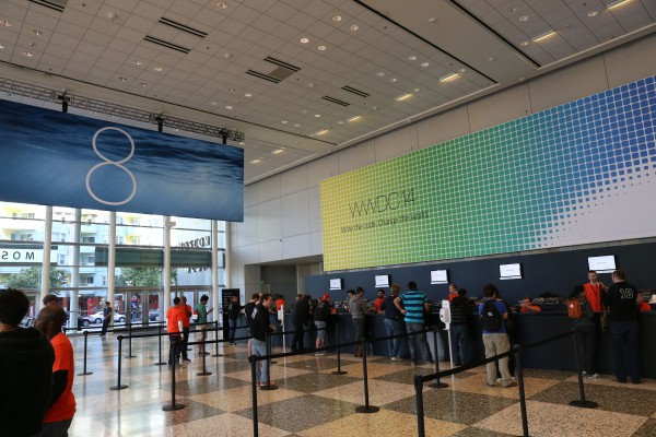 With iOS 8, Apple Stands Ready To Ramp Up Consumer Purchasing Power
