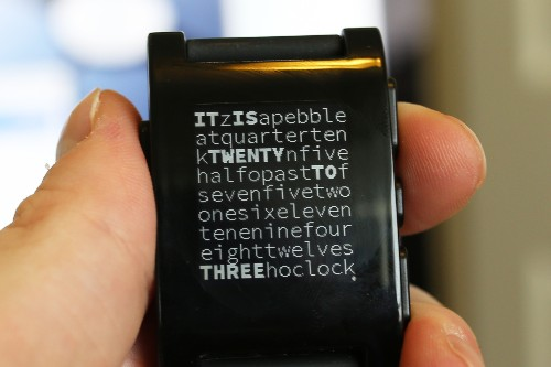 Pebble Watchface SDK Now Available, Let's See What This Smart Watch Can Do