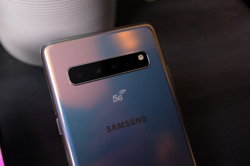 5G phones are here but don't rush to upgrade