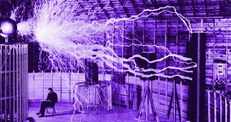 uBeam Declassifies Secrets To Try To Prove Wireless Power Is Possible – TechCrunch
