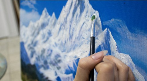 Instapainting Turns Your Photos Into Hand-Painted Oil Paintings On The Cheap