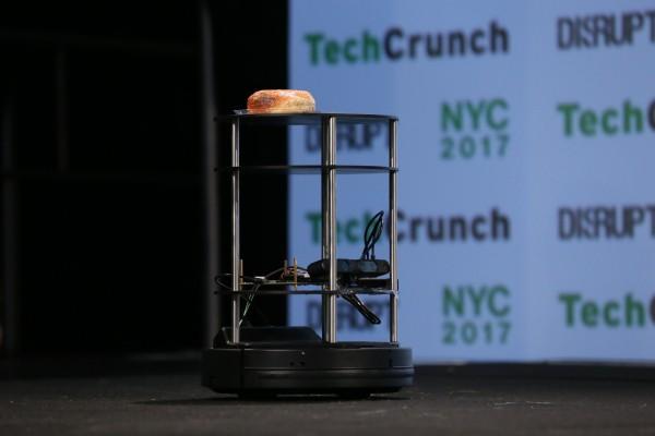 RoboWaiter wants to make American restaurants great again with robots – TechCrunch
