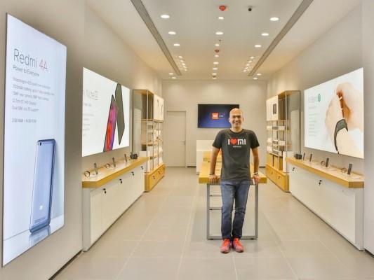 Xiaomi beats Samsung to top spot in India's smartphone market