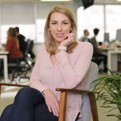 Starling's Chief Platform Officer Megan Caywood has been recruited by Barclays