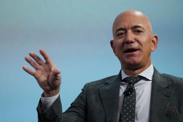 Jeff Bezos announced a $10 billion fund to fight climate change on Instagram – TechCrunch