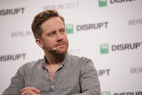 Monzo given go-ahead to 'passport' banking licence to Republic of Ireland