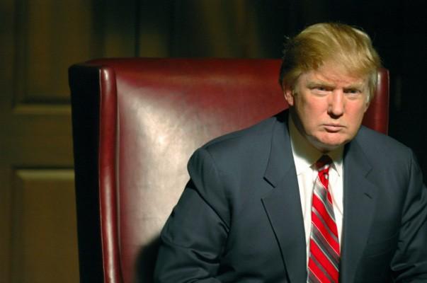 Donald Trump Explains Apple's Stock Dip