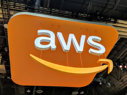 Amazon reportedly offloaded its Chinese server business because it was compromised