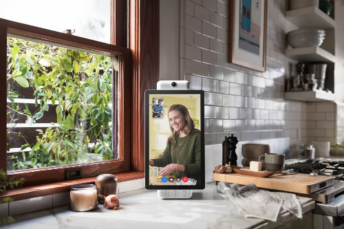 Facebook says it's shipping new Portal hardware in the fall