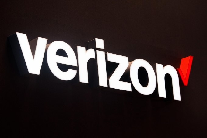 Verizon and Google ink deal to offer YouTube TV to Verizon wireless and Fios subscribers