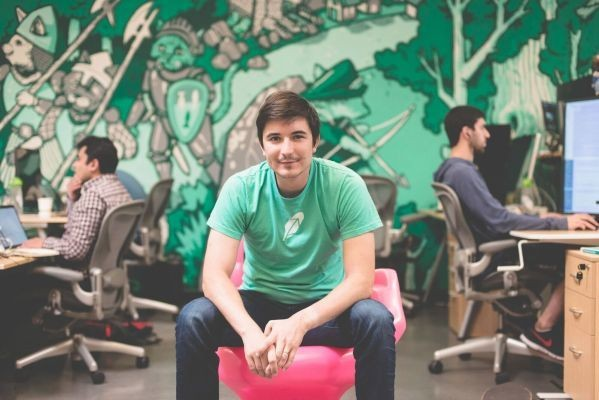 Free stock trading app Robinhood rockets to a $5.6B valuation with new funding round
