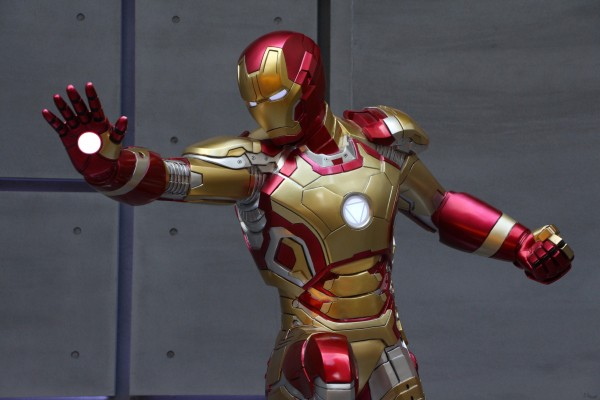 Mark Zuckerberg Is Building A Real-Life Version Of Iron Man's Digital Assistant 'Jarvis'
