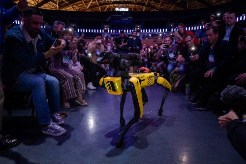 Boston Dynamics' new and former CEOs discuss future of the robotics pioneer