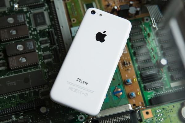 Apple Said To Be Launching An 8GB iPhone 5c Tomorrow