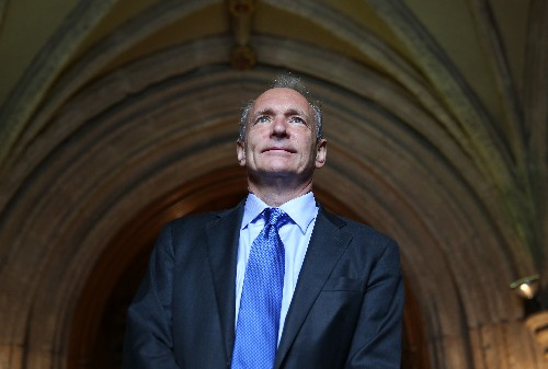 Tim Berners-Lee is on a mission to decentralize the web