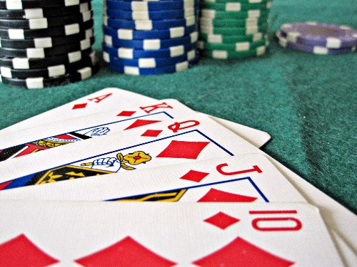How To Play VC Poker With Billions In The Pot