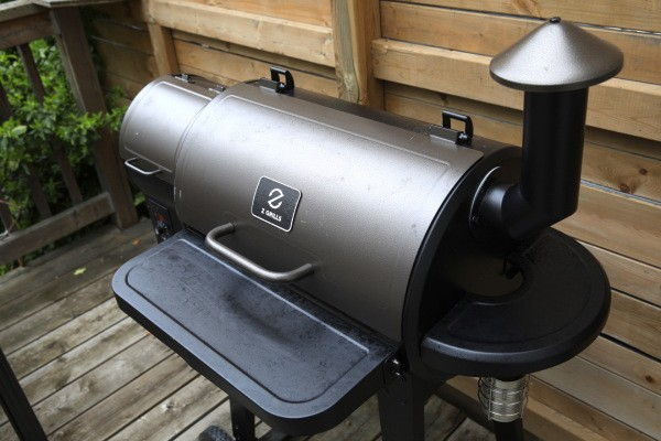 The Z Grills Elite 900 is an all-in-one cookout workhorse that's easy to use