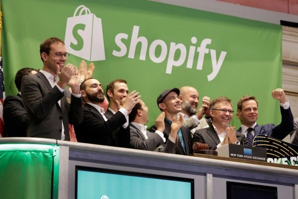 Shopify announces a new merchant debit card and support for payment installment plans