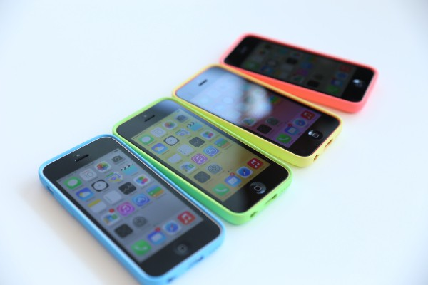 Hands On With Apple's iPhone 5c: Plastic Feels Pretty Fantastic