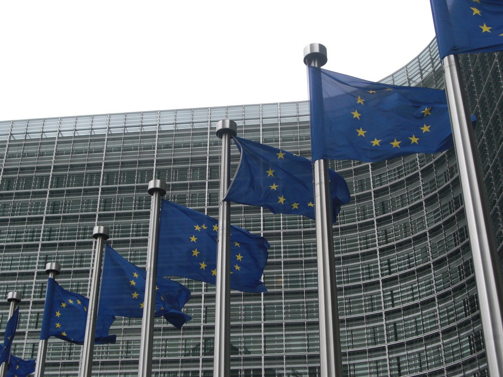 Europe asks for views on platform governance and competition tools