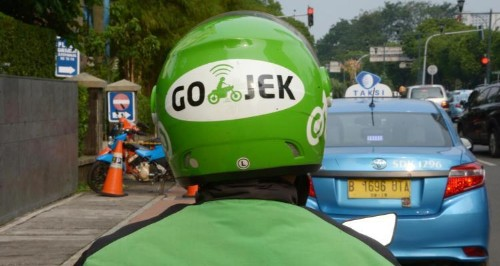 Gojek reportedly buys 4.3% stake in Indonesian taxi company Blue Bird – TechCrunch