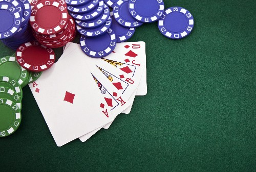 AI smokes 5 poker champs at a time in no-limit Hold'em with 'ruthless consistency'