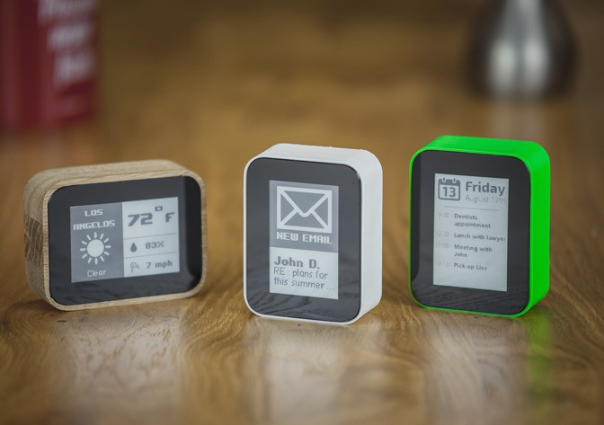 Displio Is A Tiny E-Ink Display That Runs Programmable Widgets
