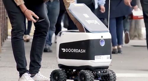 Kiwi's robots deliver food to hungry Berkeley students