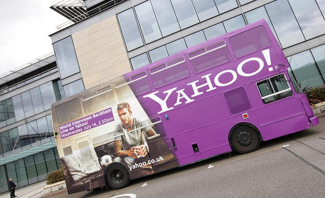 Yahoo Partners With Yelp To Bring Local Data To Its Search Tools