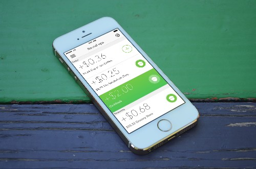 Acorns Is A Micro-Investment App That Does All The Thinking For You