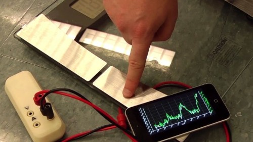 Mooshimeter Is A Smarter Multimeter That Works As A Wireless Extension Of Your Smartphone