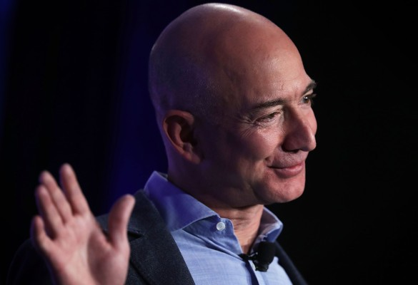 AWS catapulted Amazon into a breakout 2016 on Wall Street
