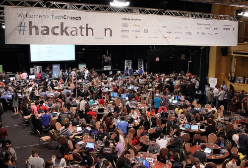 Which Programming Languages Get Used Most At Hackathons?