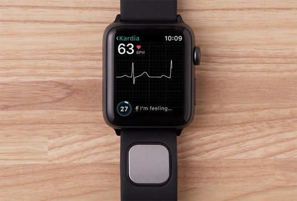 FDA clears AliveCor's Kardiaband as the first medical device accessory for the Apple Watch – TechCrunch