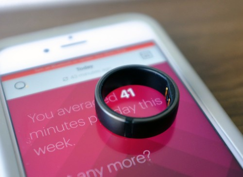 Motiv's fitness ring is simple, but surprisingly capable