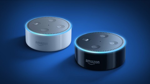 Amazon's connected speaker Echo Dot returns, is now only $50