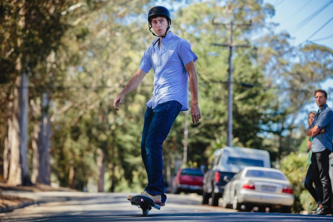 """Ride This One-Wheeled Gyro Skate They Call A """"Hoverboard"""""""