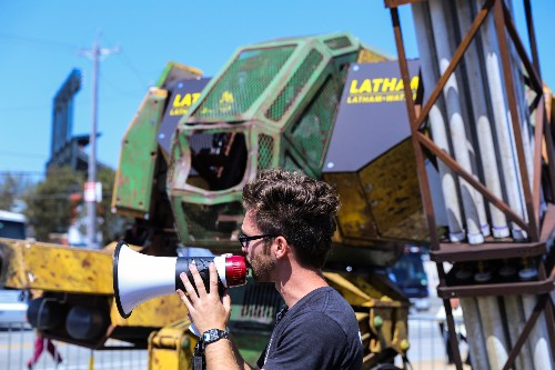 MegaBots debuts a trailer for its new web series, outlines its giant fighting robot kit