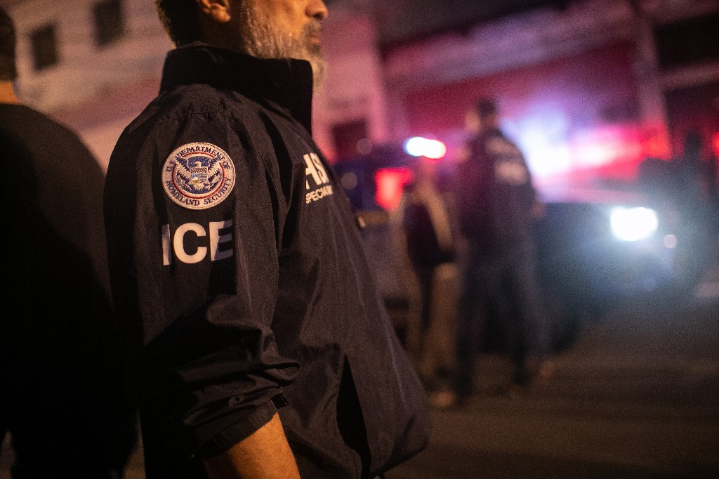 ICE used 'stingray' snooping tech hundreds of times since 2017