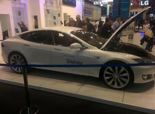 Tesla Pays Telefonica Millions To Power In-Car Wireless In UK, Germany, Spain, Holland