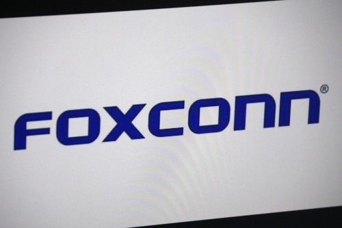 Foxconn and Fiat Chrysler partner to develop EVs and an 'internet of vehicles' business