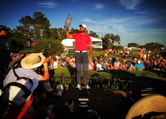 This iPhone-only professional photographer is the future of sports photography