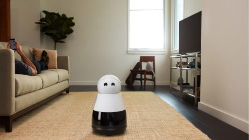 Home robot Kuri is like an Amazon Echo designed by Pixar