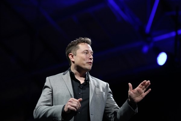 Want To Work For Tesla? Elon Musk Turns To Twitter To Recruit Engineers