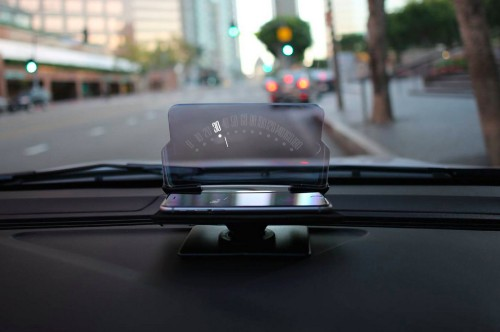 HUDWAY Gets Your Eyes Off Your Smartphone And Back On The Road While Driving