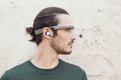 Next Version Of Google Glass Said To Be Powered By Intel