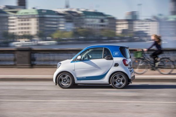 BMW and Daimler agree to merge mobility service businesses